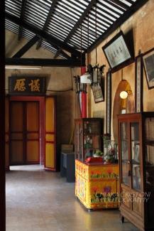 Walking around the pagoda