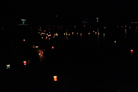 Candles on the Thu Bon river