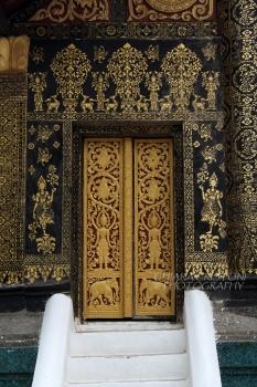 Rich decorations on temple door