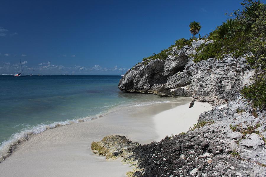 "Mexico ""Isla Mujeres"" beach cove"